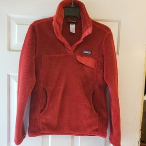 Patagonia pullover size SMALL
